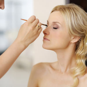 Waukesha Bridal Hair Style Salon And Makeup Packages